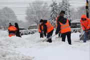 Ручная уборка снега разнорабочие