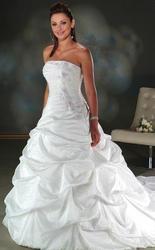 Продаю НОВОЕ свадебное платье !!!!!!!